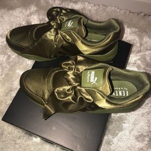 Puma Shoes - Puma for Fenty Bow Sneakers - Olive Branch